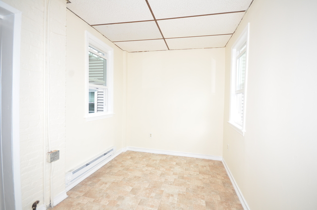 3 Bedrooms, Jeffries Point - Airport Rental in Boston, MA for $2,100 - Photo 2