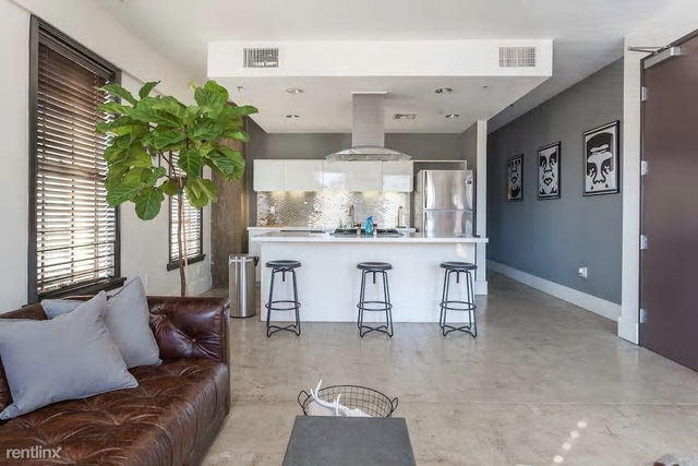 1 Bedroom, Gallery Row Rental in Los Angeles, CA for $2,350 - Photo 2