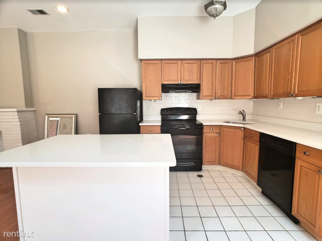 2 Bedrooms, Avenue of the Arts North Rental in Philadelphia, PA for $1,900 - Photo 2