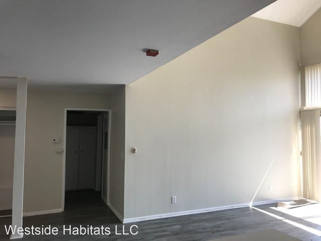 2 Bedrooms, Westwood Rental in Los Angeles, CA for $3,298 - Photo 2
