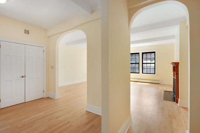 2 Bedrooms, Upper East Side Rental in NYC for $9,200 - Photo 1