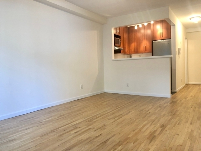 Studio, Yorkville Rental in NYC for $2,295 - Photo 2