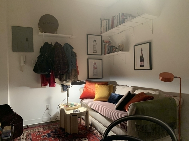 2 Bedrooms, Lower East Side Rental in NYC for $3,239 - Photo 1