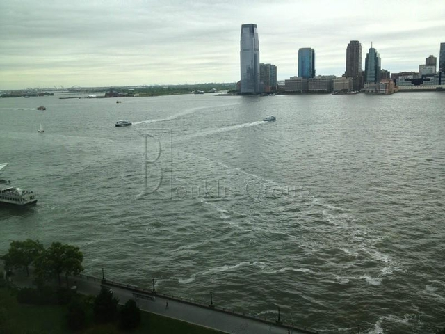 2 Bedrooms, Battery Park City Rental in NYC for $6,295 - Photo 2