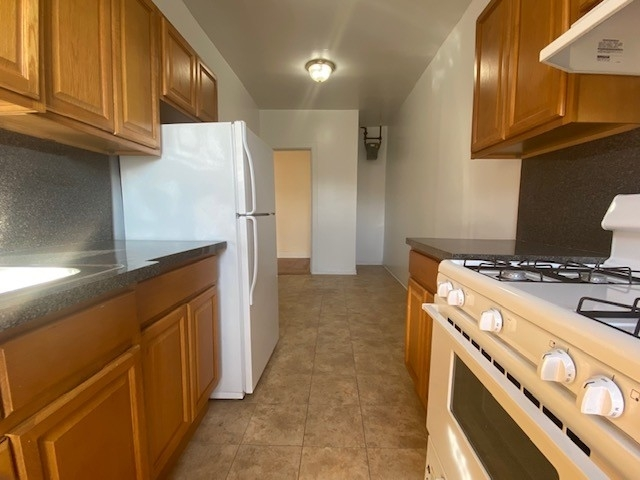 1 Bedroom, Inwood Rental in NYC for $1,890 - Photo 2