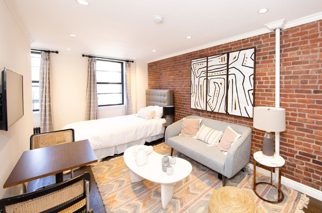 Studio, Alphabet City Rental in NYC for $2,450 - Photo 1