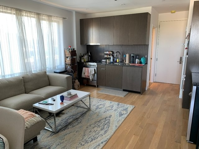 2 Bedrooms, East Williamsburg Rental in NYC for $3,895 - Photo 2