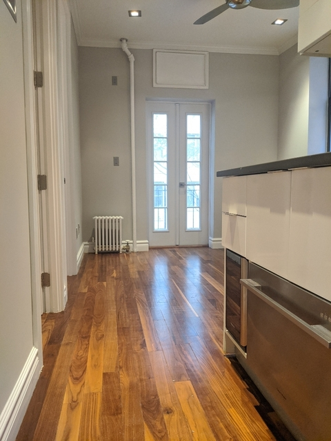 2 Bedrooms, Murray Hill Rental in NYC for $3,204 - Photo 2