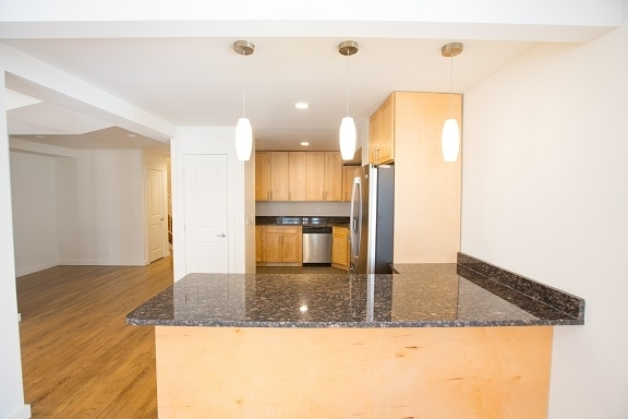 4 Bedrooms, Yorkville Rental in NYC for $6,692 - Photo 2