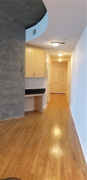2 Bedrooms, Centennial Hill Rental in Atlanta, GA for $2,200 - Photo 2