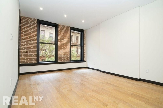 2 Bedrooms, SoHo Rental in NYC for $5,775 - Photo 1