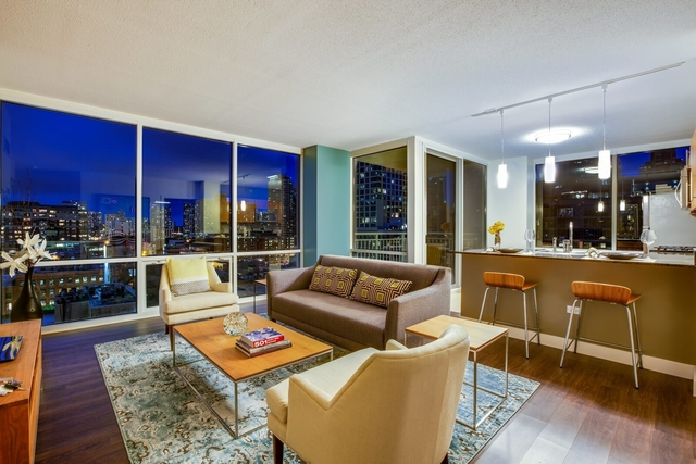 2 Bedrooms, River North Rental in Chicago, IL for $4,515 - Photo 1
