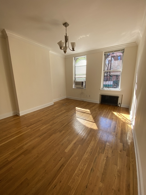 Studio, Yorkville Rental in NYC for $1,650 - Photo 2