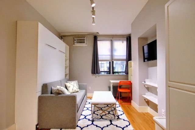 Studio, Alphabet City Rental in NYC for $2,200 - Photo 1