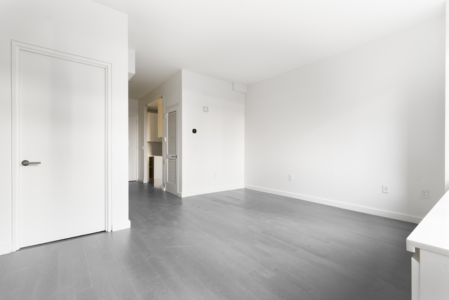Studio, Lincoln Square Rental in NYC for $3,294 - Photo 2