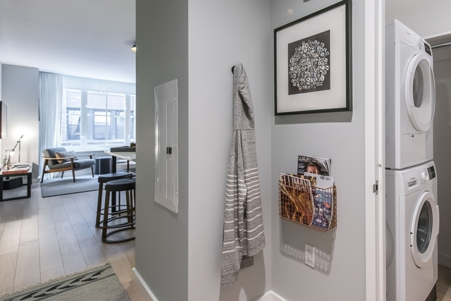 Studio, Hell's Kitchen Rental in NYC for $2,997 - Photo 1