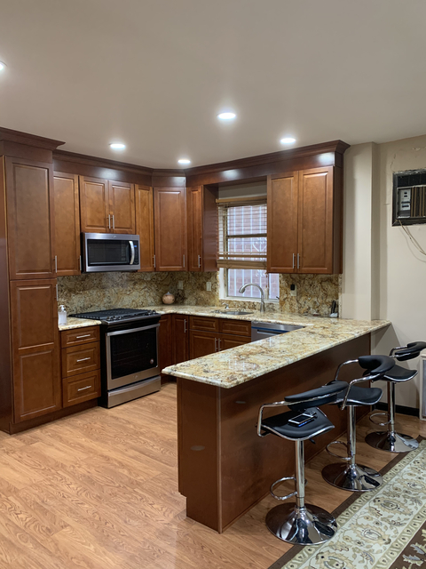 3 Bedrooms, Jackson Heights Rental in NYC for $3,100 - Photo 1