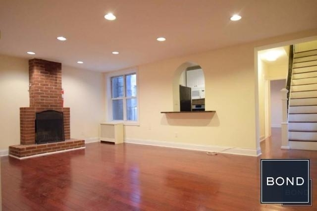 2 Bedrooms, Rose Hill Rental in NYC for $3,775 - Photo 1