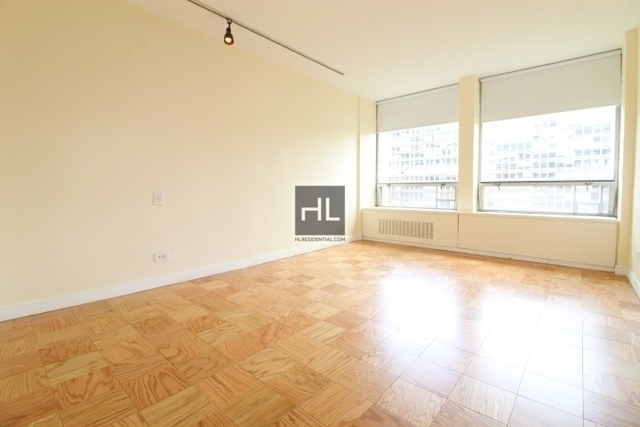 Studio, Lincoln Square Rental in NYC for $3,048 - Photo 2