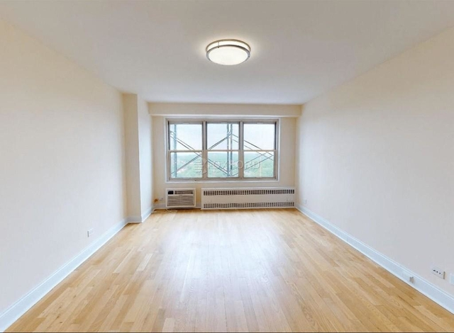 1 Bedroom, Kew Gardens Rental in NYC for $2,350 - Photo 1
