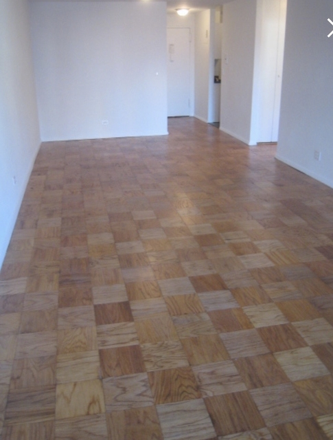1 Bedroom, Yorkville Rental in NYC for $3,017 - Photo 2