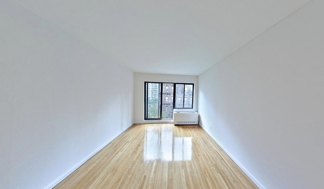 Studio, Yorkville Rental in NYC for $2,109 - Photo 1