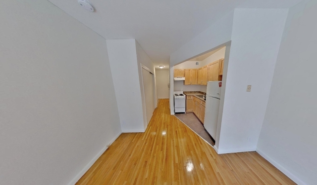 Studio, Yorkville Rental in NYC for $2,109 - Photo 2