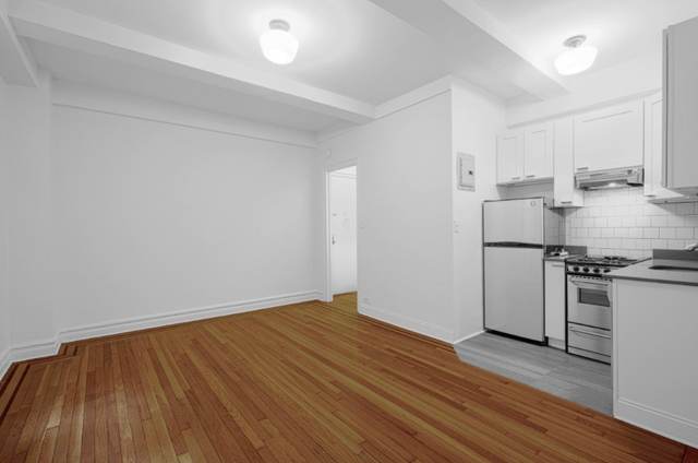 Studio, Chelsea Rental in NYC for $1,750 - Photo 2