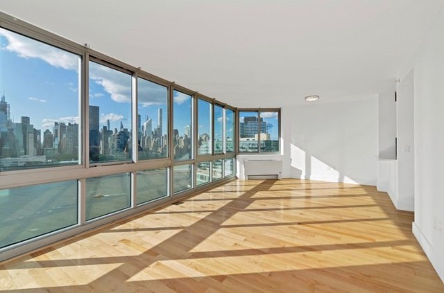 1 Bedroom, Hunters Point Rental in NYC for $2,662 - Photo 1