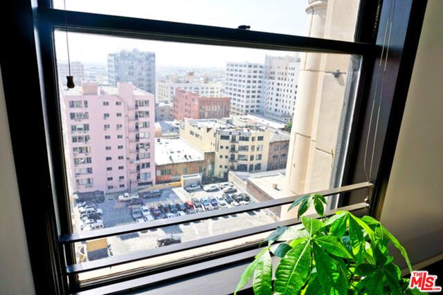 2 Bedrooms, Gallery Row Rental in Los Angeles, CA for $5,350 - Photo 2