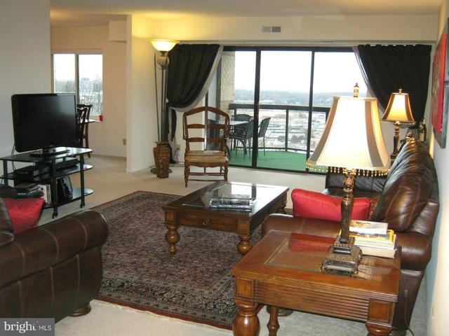 3 Bedrooms, The Rotonda Rental in Washington, DC for $3,000 - Photo 2
