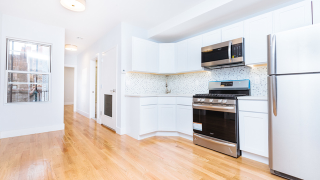 4 Bedrooms, Greenpoint Rental in NYC for $4,000 - Photo 1