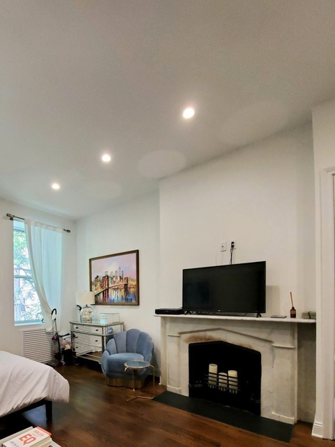 Studio, Greenwich Village Rental in NYC for $2,677 - Photo 2