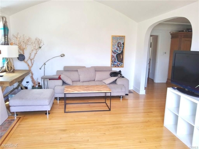 3 Bedrooms, Financial District Rental in Los Angeles, CA for $7,995 - Photo 2