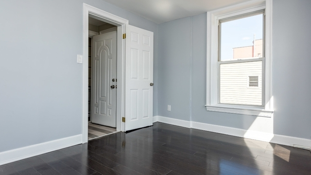 4 Bedrooms, Greenpoint Rental in NYC for $4,400 - Photo 2