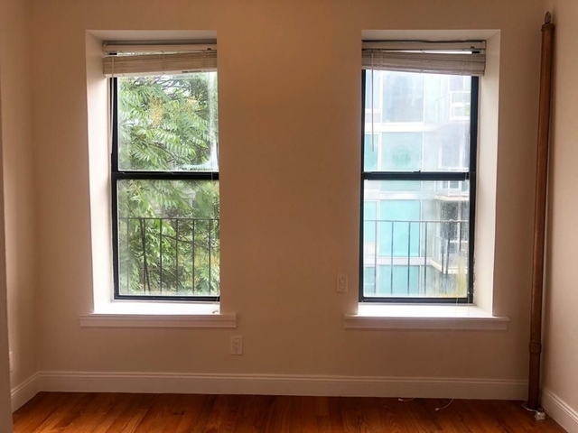 2 Bedrooms, Hell's Kitchen Rental in NYC for $2,250 - Photo 1