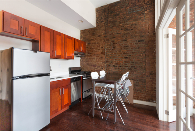 3 Bedrooms, Crown Heights Rental in NYC for $2,429 - Photo 1
