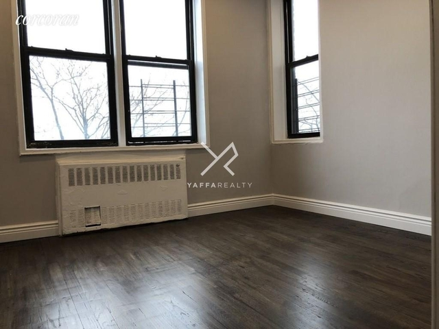 3 Bedrooms, Flatlands Rental in NYC for $2,535 - Photo 2