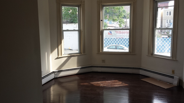3 Bedrooms, Jeffries Point - Airport Rental in Boston, MA for $2,525 - Photo 1