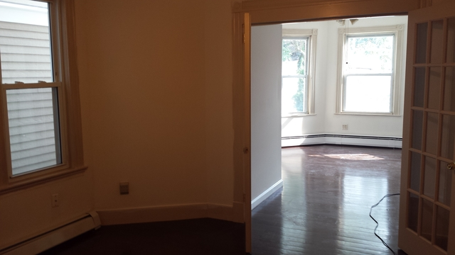 3 Bedrooms, Jeffries Point - Airport Rental in Boston, MA for $2,525 - Photo 2