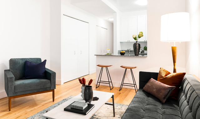 1 Bedroom, Financial District Rental in NYC for $2,898 - Photo 2