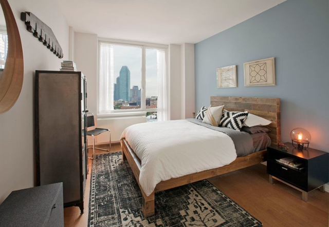 1 Bedroom, Hunters Point Rental in NYC for $3,420 - Photo 2