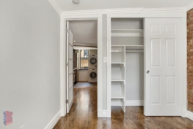 1 Bedroom, Alphabet City Rental in NYC for $2,495 - Photo 2