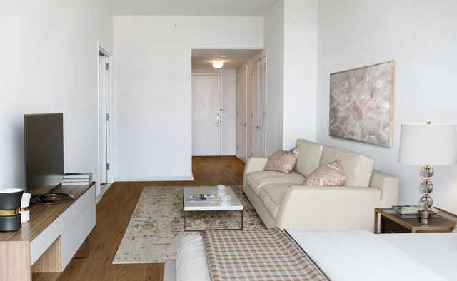 Studio, Hunters Point Rental in NYC for $2,520 - Photo 2