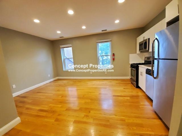3 Bedrooms, Sav-Mor Rental in Boston, MA for $2,700 - Photo 2