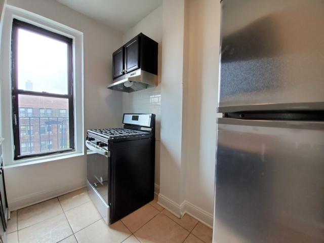 1 Bedroom, Astoria Rental in NYC for $2,195 - Photo 2