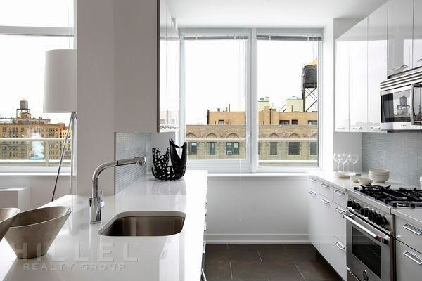 3 Bedrooms, Upper West Side Rental in NYC for $13,061 - Photo 2