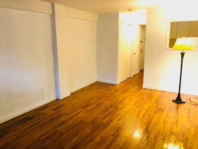 Studio, Yorkville Rental in NYC for $1,902 - Photo 2