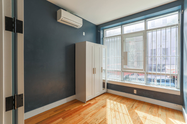 3 Bedrooms, Melrose Highlands Rental in Boston, MA for $2,600 - Photo 2