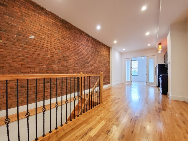 2 Bedrooms, Bedford-Stuyvesant Rental in NYC for $3,258 - Photo 2